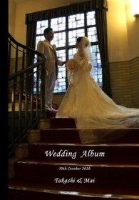 歴史ある会場での結婚式です。厳かな中にもアットホームな雰囲気が伝わってきます。