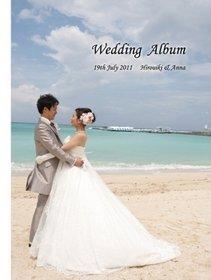 沖縄でのリゾート挙式、横浜でのパーティーを収めたアルバムです。