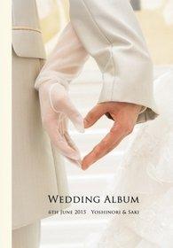 前撮り、挙式、披露宴、二次会までを一冊にまとめました。結婚式アルバム。
