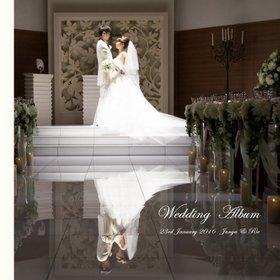 挙式、披露宴、前撮りという流れで作成した結婚式アルバムです。結婚式アルバム。