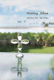 ネットの口コミやホームページを見て依頼しました。結婚式アルバム。