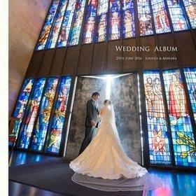 ハワイのセントアンドリュース大聖堂での挙式です。結婚式アルバム。