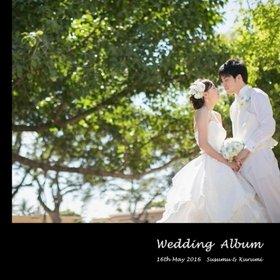 ハワイのセントアンドリュース大聖堂での挙式と、ホノルル市街で私服でのロケーションフォトをまとめた一冊です。結婚式アルバム。