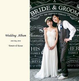 クチコミが良く、デザインが気に入り価格もリーズナブルだったので決めました。結婚式アルバム。