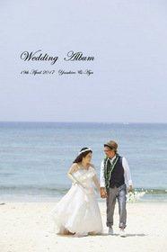 【挙式・ロケーション撮影】新郎新婦お二人の挙式とビーチ撮影のアルバムです。ビーチ撮影の楽しい雰囲気を重視されました。