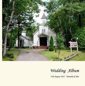 【挙式】 お二人だけで軽井沢で結婚式を挙げられました。緑濃い高原を白馬の馬車で駆ける姿はロマンチックですね。